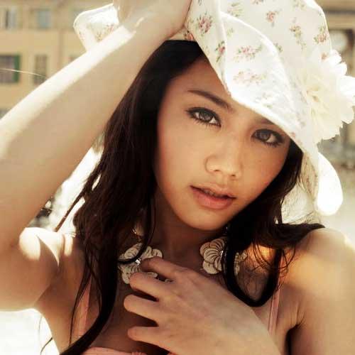 周秀娜 5月22日生日