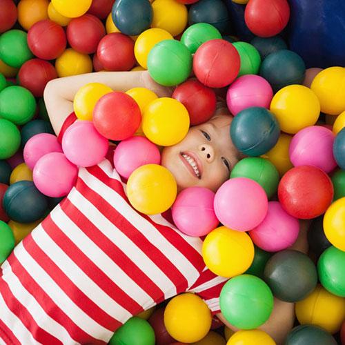 59_(Theme-Party)-帶小孩投入波波池的天堂